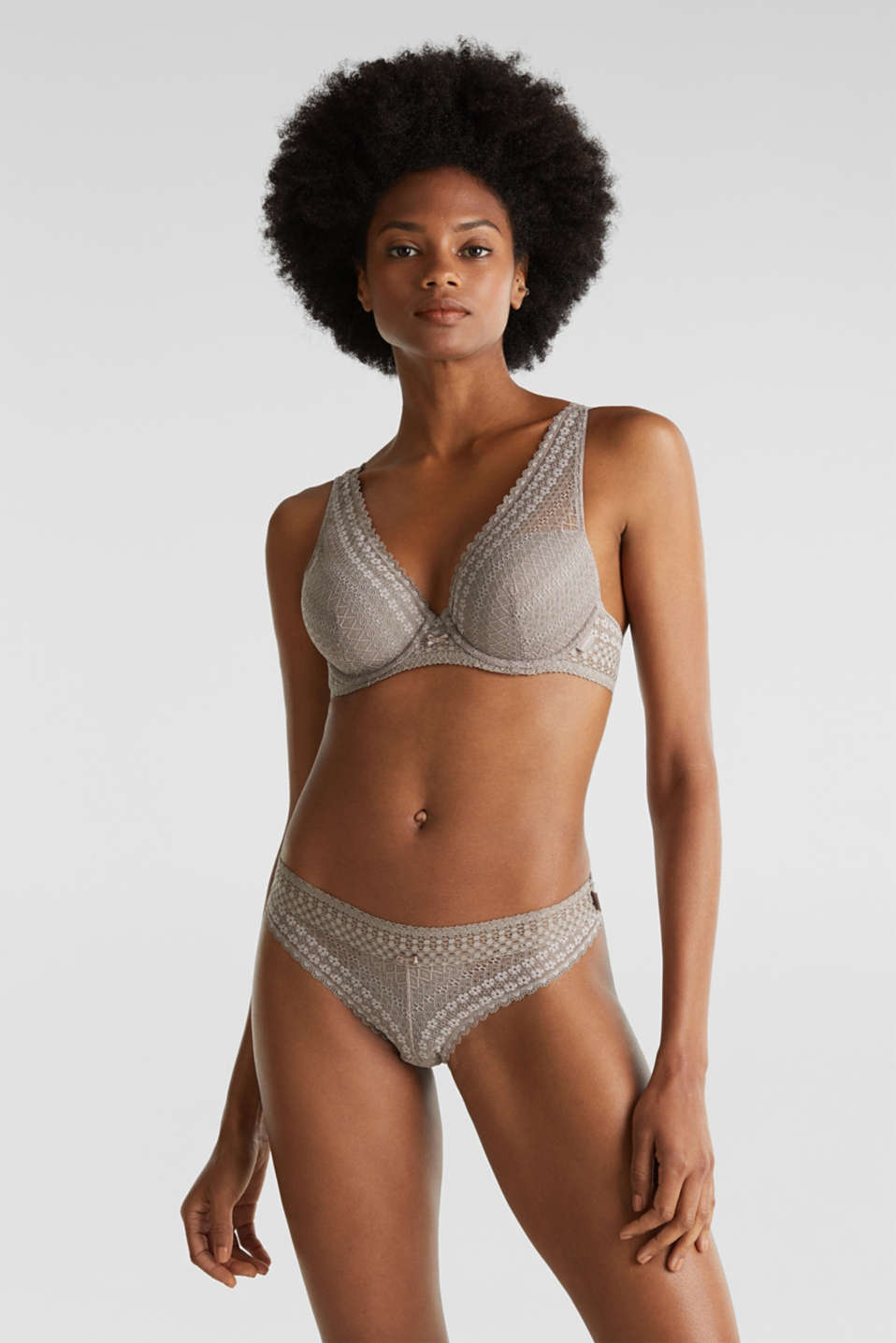 Esprit - Hipster briefs made of lavish lace