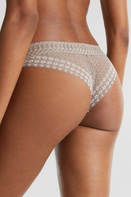 Hipster briefs made of lavish lace