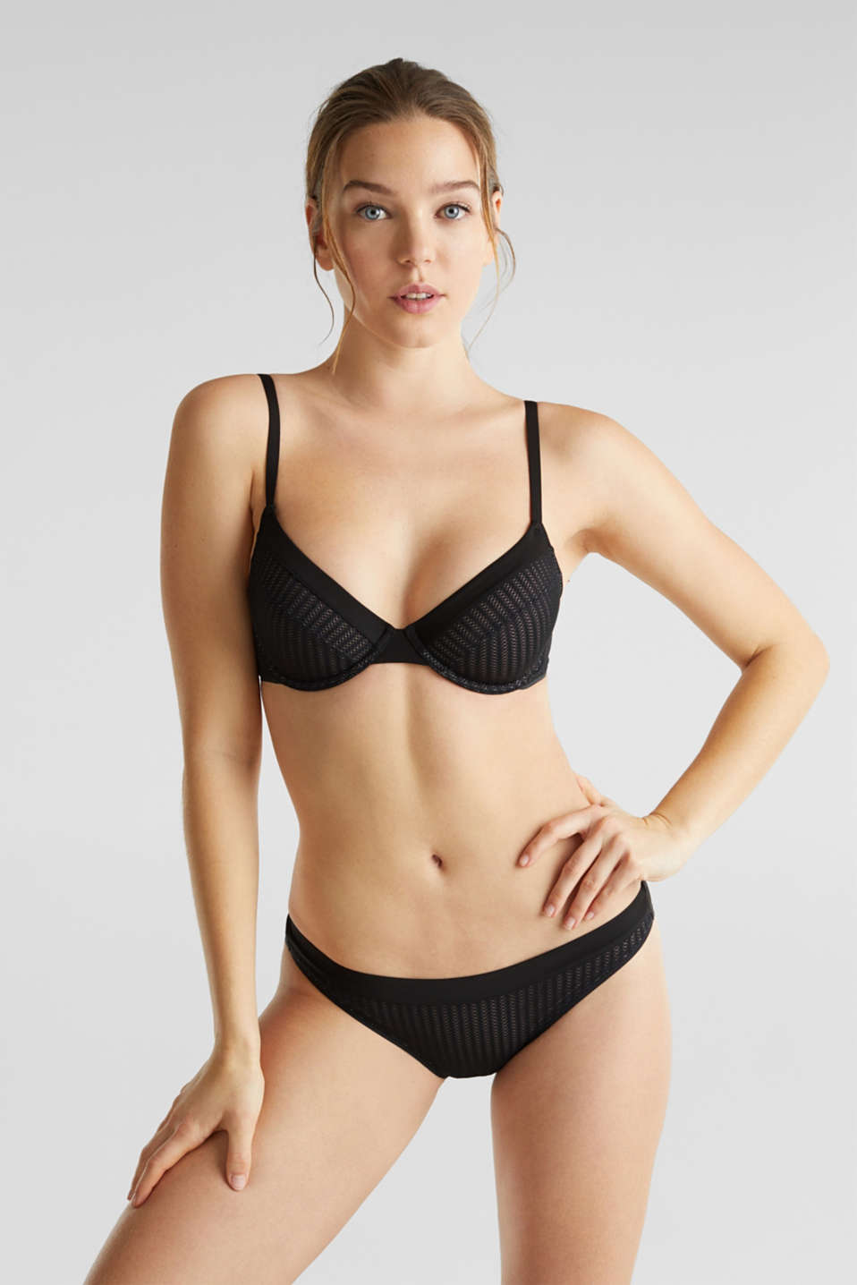 Hipster briefs with an openwork pattern, BLACK, detail image number 0