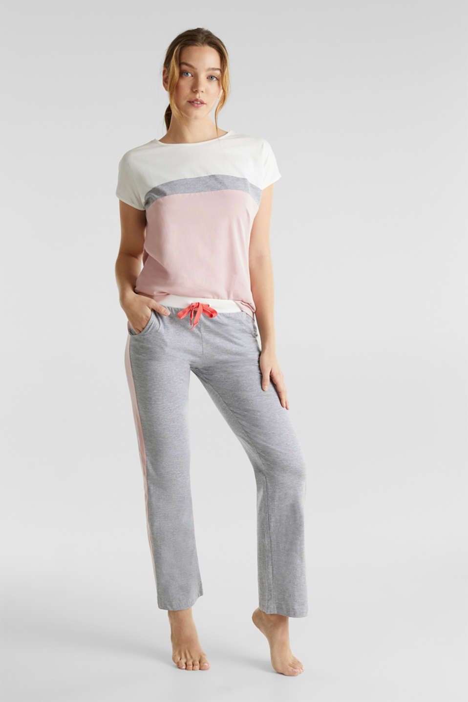Esprit - Jersey pyjamas in a colour block look