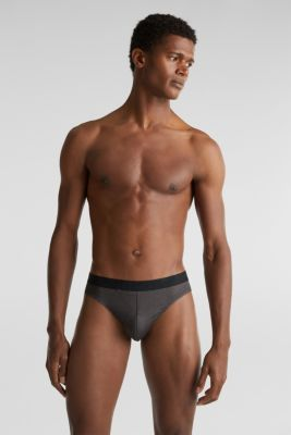 In a triple pack: microfibre briefs with a logo waistband, BLACK, detail