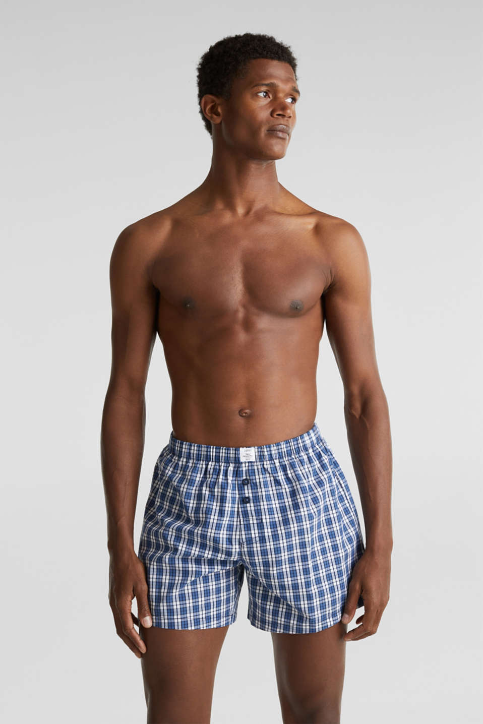 In a pack of two: boxer shorts in 100% cotton