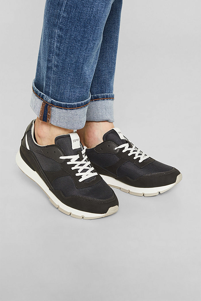 Retro material mix trainers