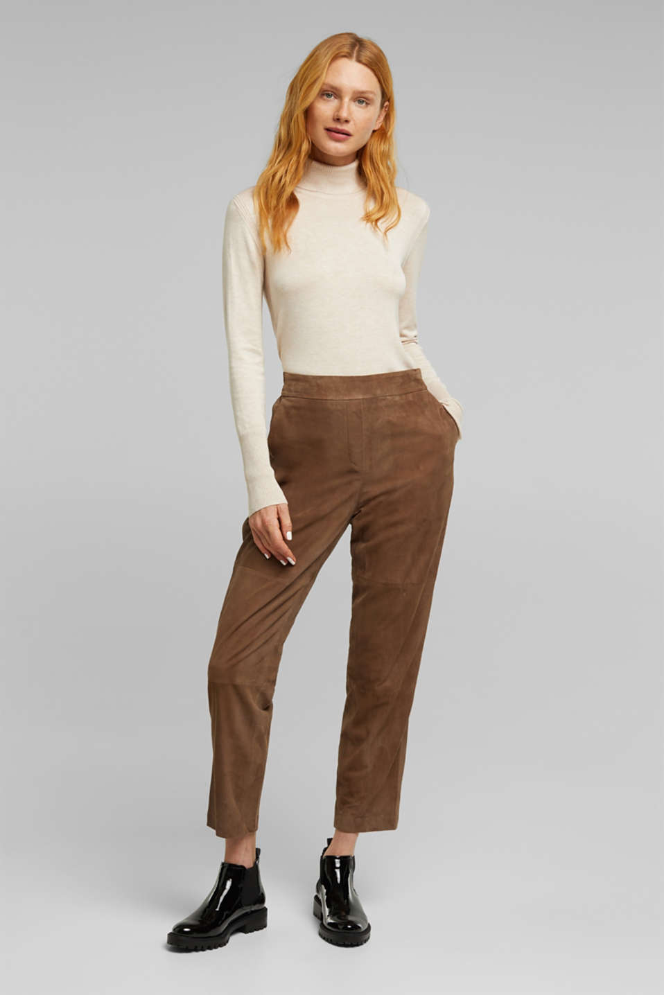 Made of suede: tracksuit-style trousers, TAUPE, detail image number 1