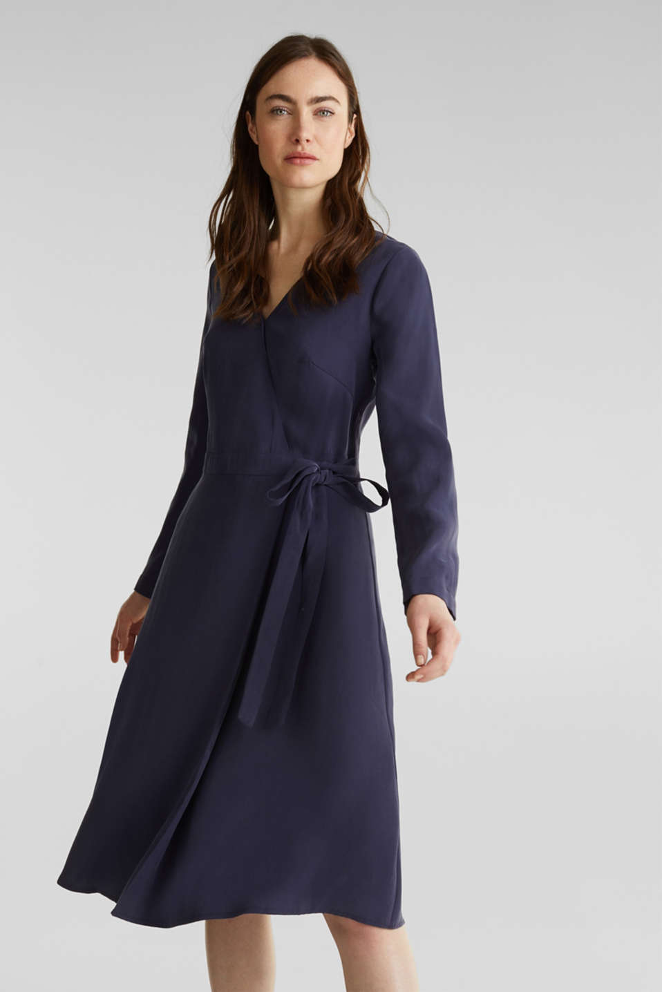 Esprit - Midi dress with a wrap-over effect