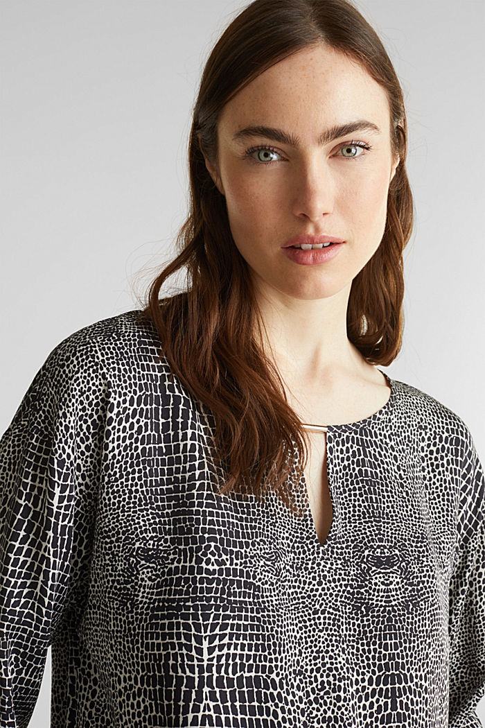 Printed blouse with a decorative metal element, OFF WHITE, detail image number 2