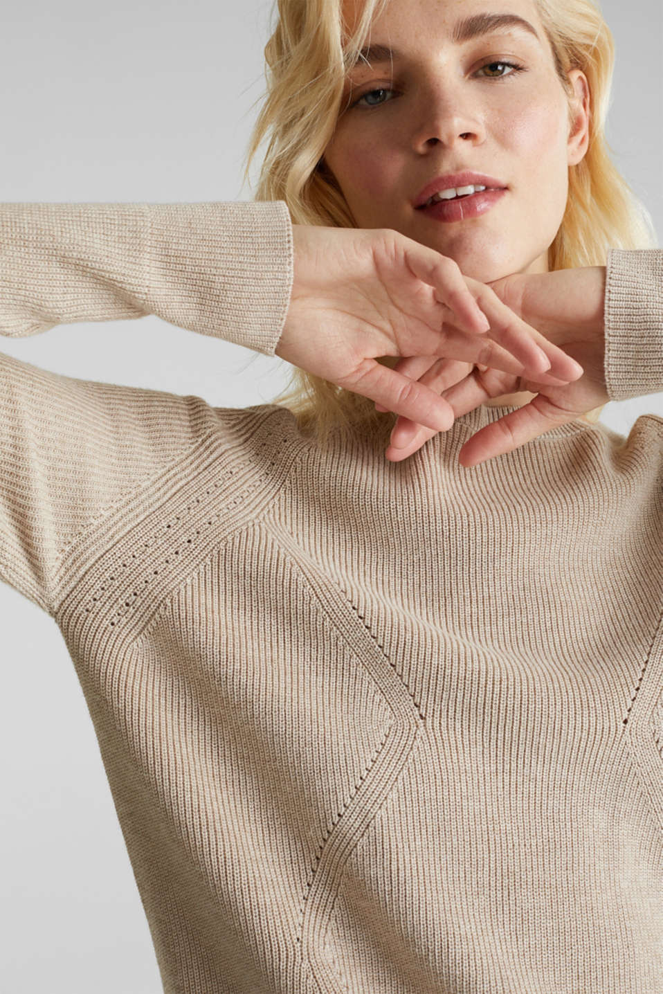 Jumper with a textured pattern, SAND 5, detail image number 5