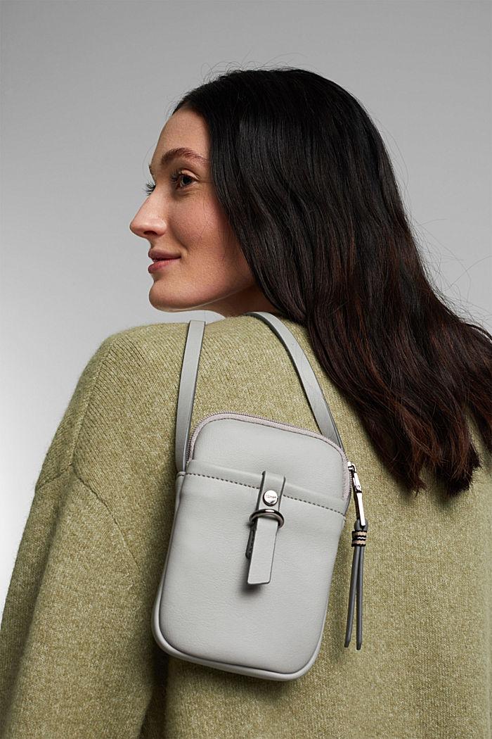 Vegan: Smartphone-Tasche in Leder-Optik, LIGHT GREY, detail image number 5