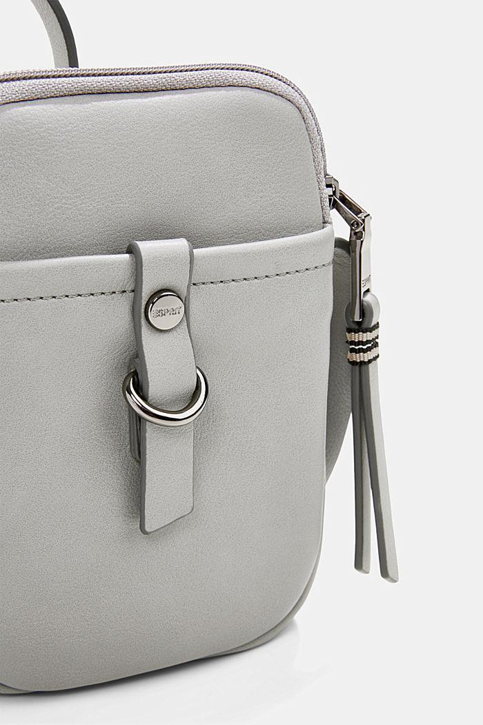 Vegan: Smartphone-Tasche in Leder-Optik, LIGHT GREY, detail image number 2