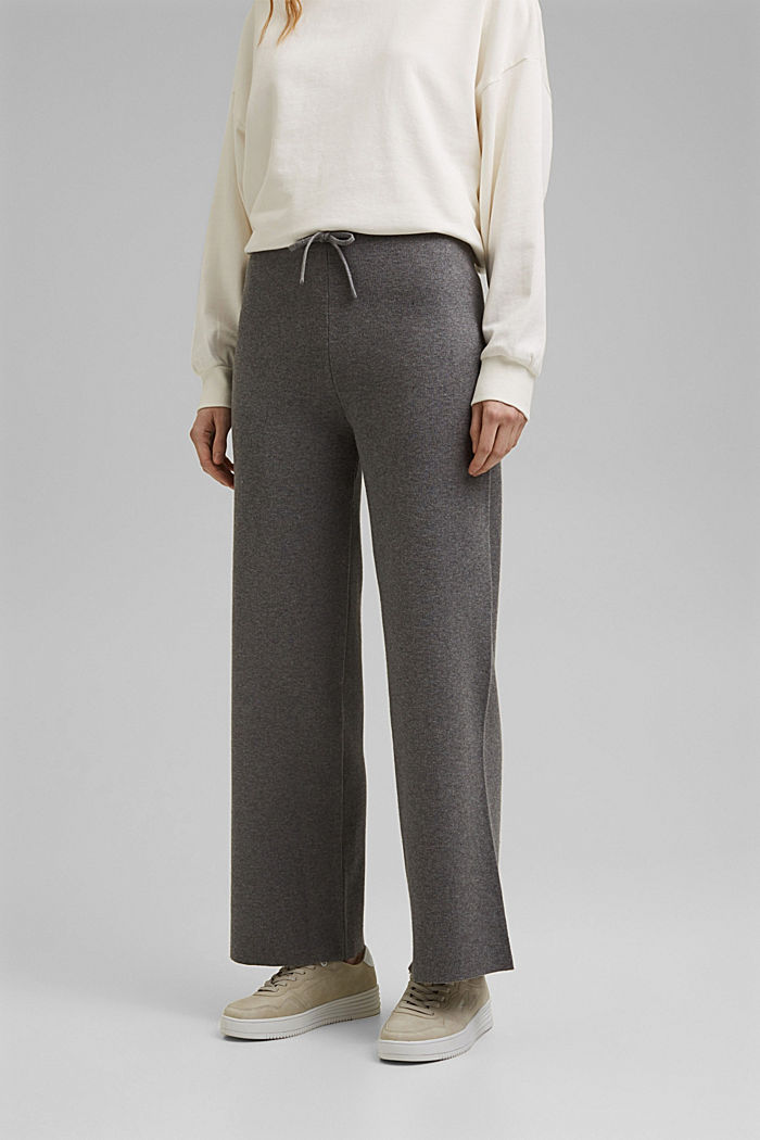 Wide tracksuit bottoms with organic cotton