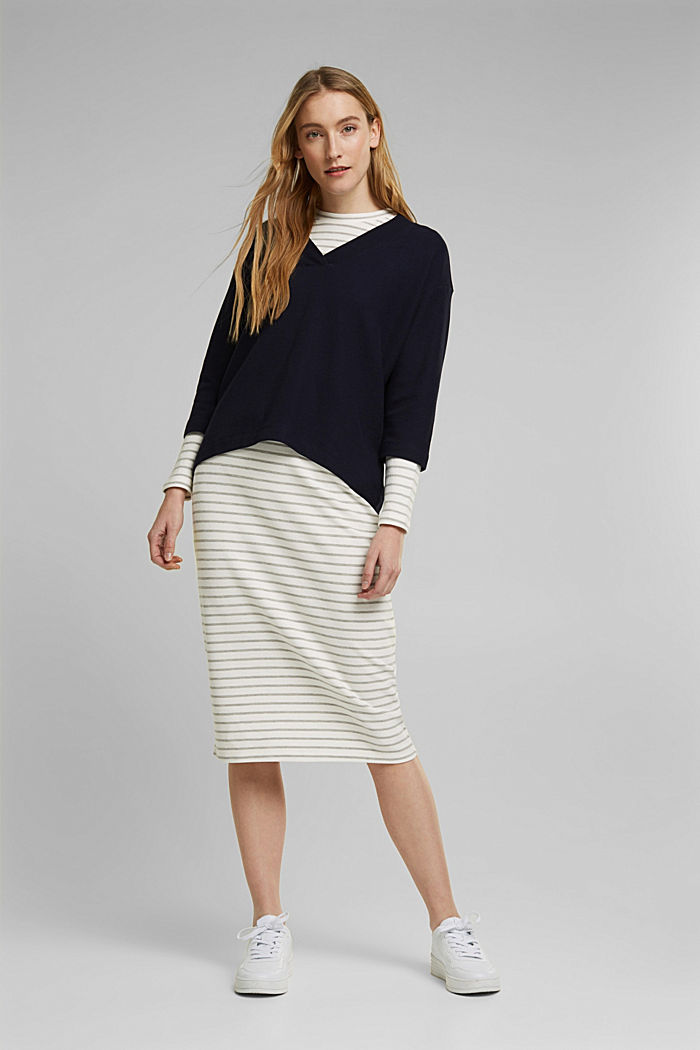 2-in-1: pullover and midi dress containing organic cotton