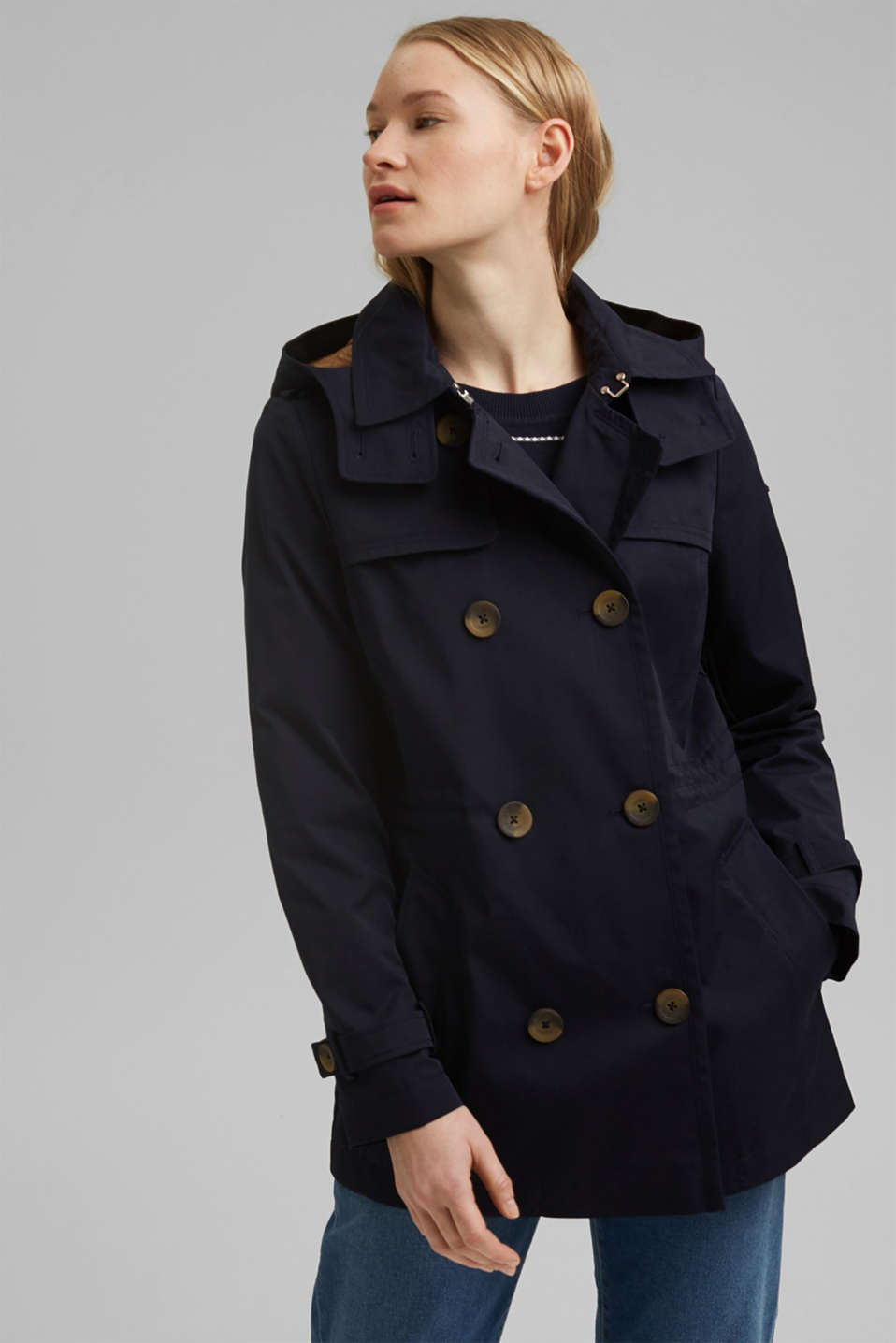 Esprit - Recycled: Rain jacket with organic cotton