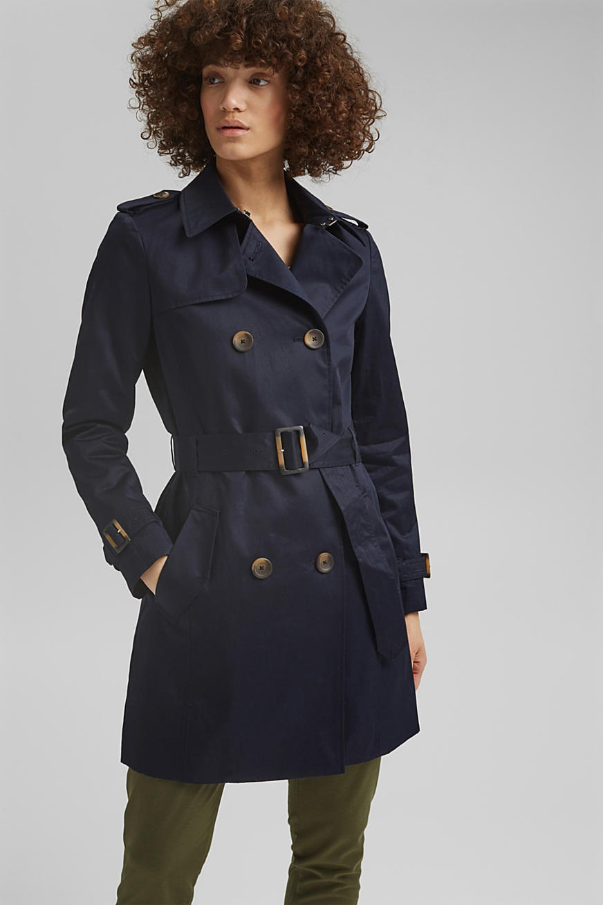 Recycled: trench coat containing organic cotton