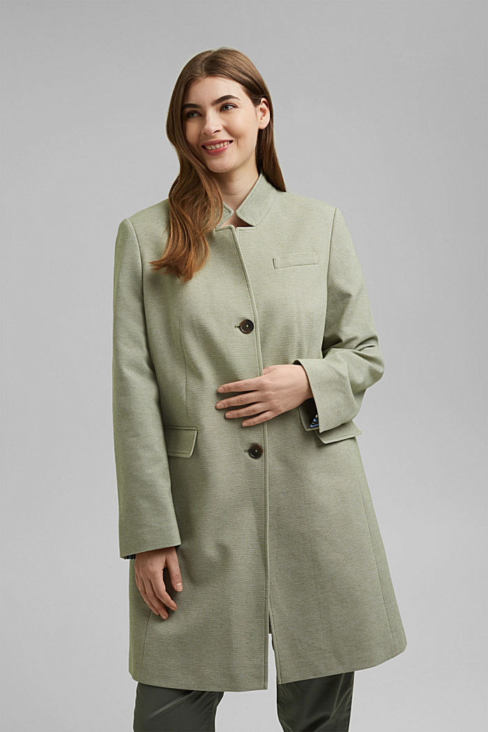 CURVY short, textured coat
