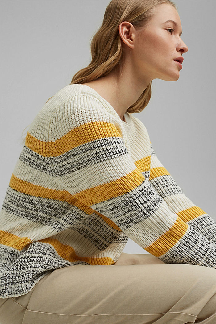 Striped jumper made of organic cotton