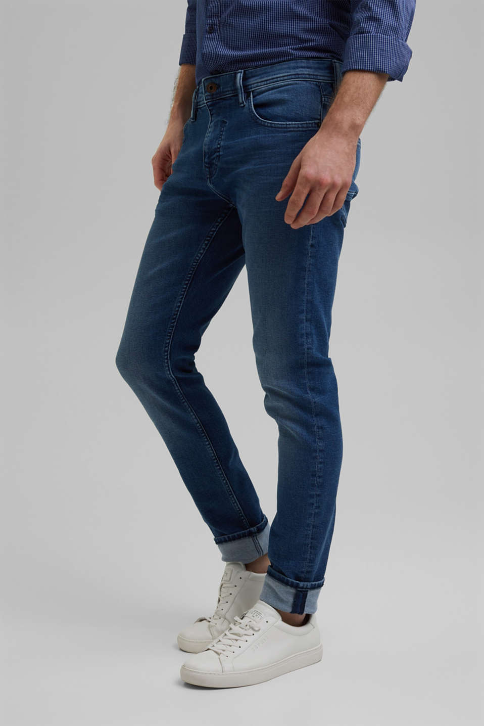 Esprit - Gerecycled: dynamic denim met COOLMAX®