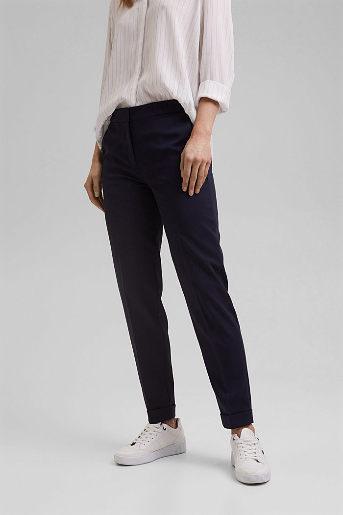 Stretch trousers with an elasticated waistband