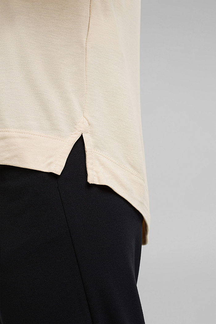 T-Shirt aus 100% LENZING™ ECOVERO™, CREAM BEIGE, detail image number 5