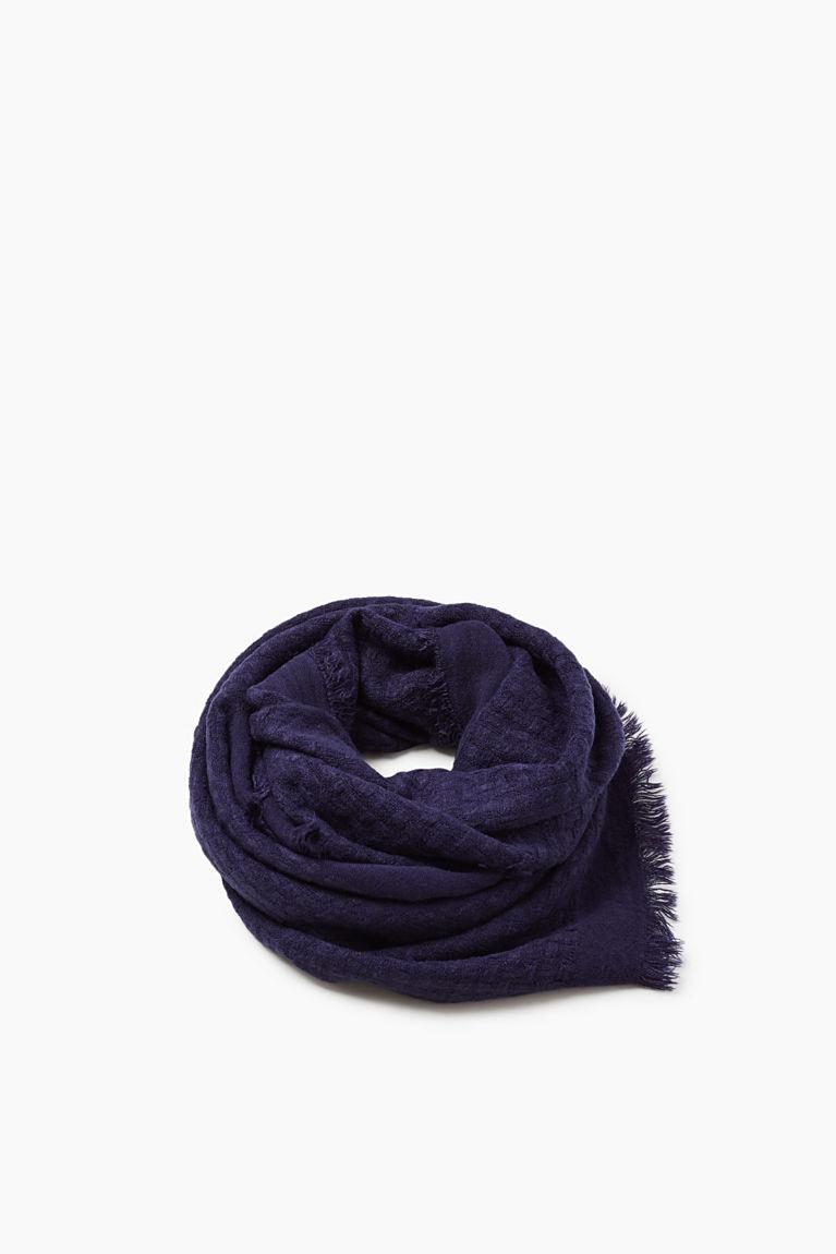 Softer Web-Schal mit Struktur