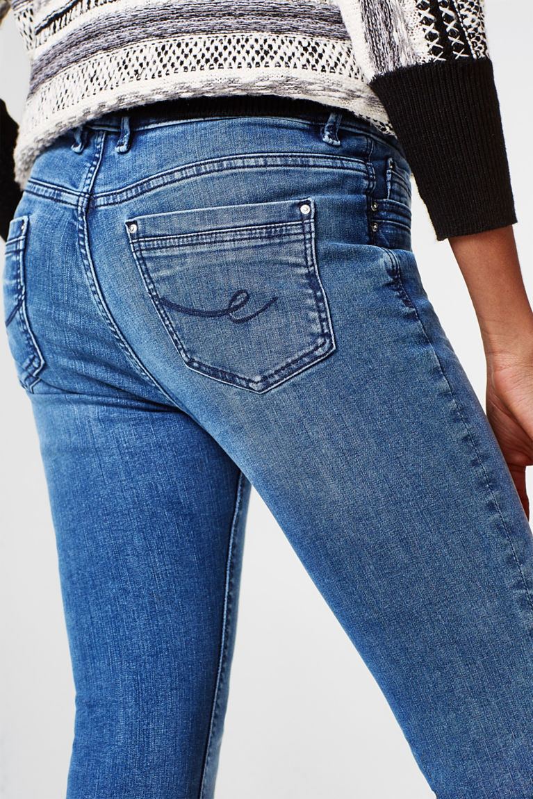 Shaping-Jeans mit Used-Waschung