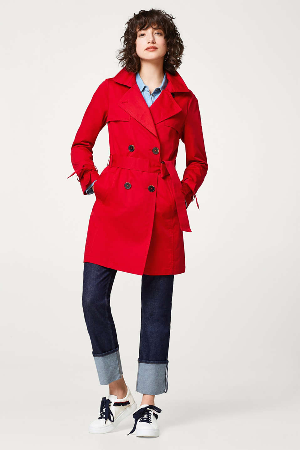 Timeless trench coat in cotton