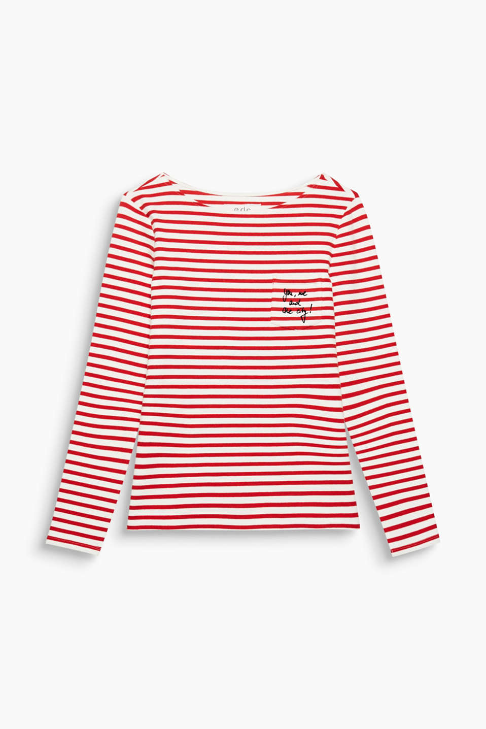 The comfortable added stretch and patch breast pocket with a statement makes this long sleeve T-shirt unique