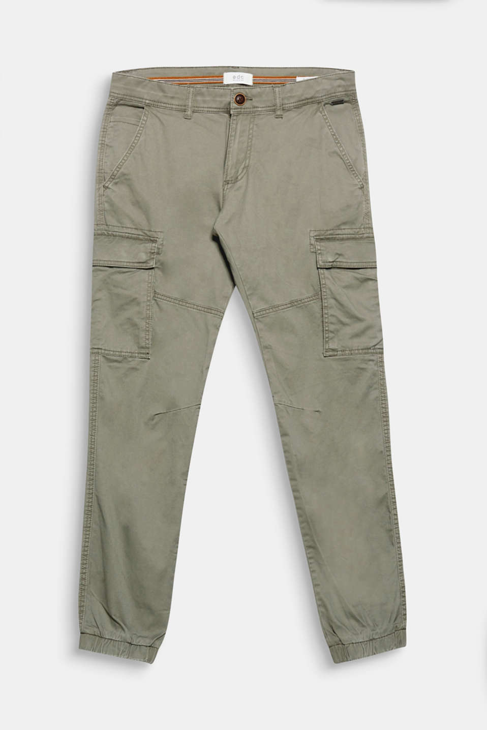 Characteristic details for the flap pockets give these cargo trousers their urban look.