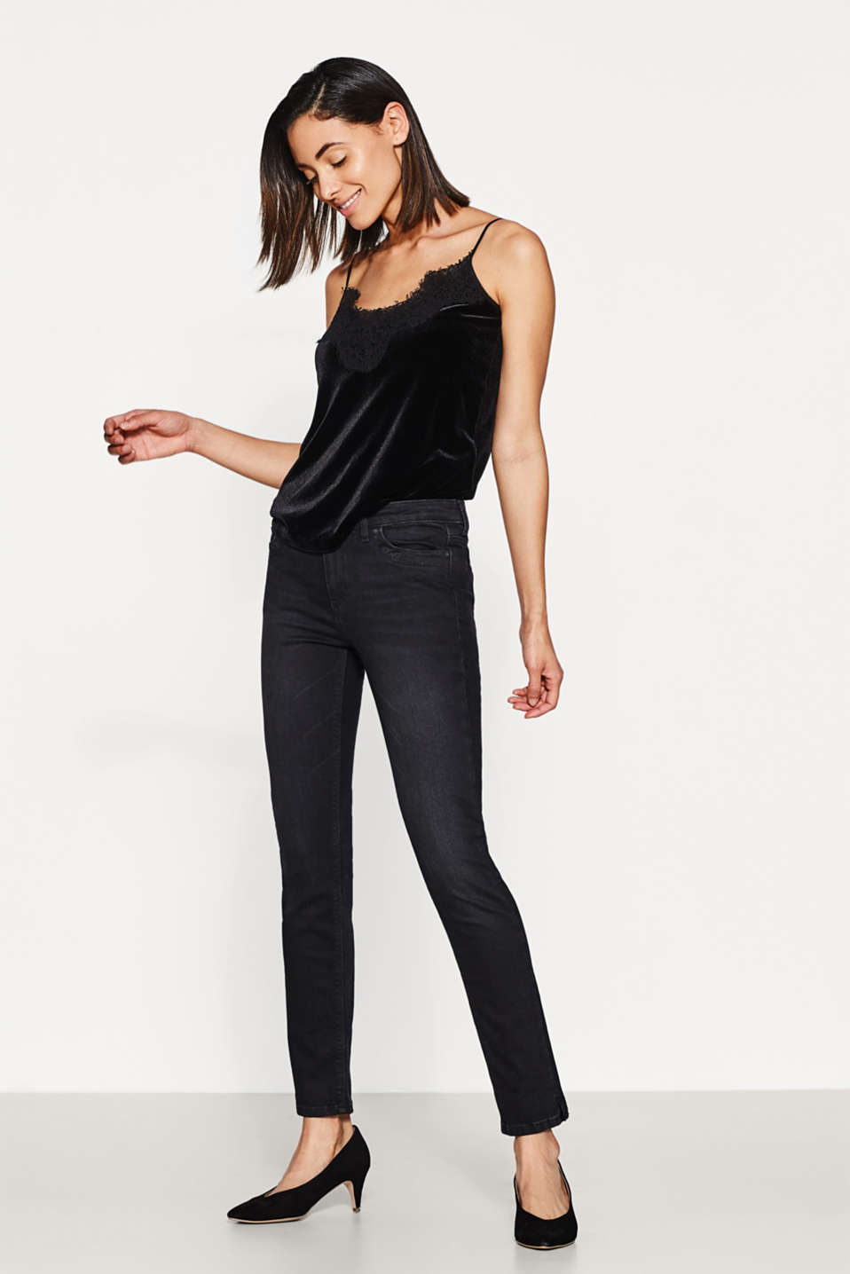 Esprit - Stretch jeans in a recycled material mix