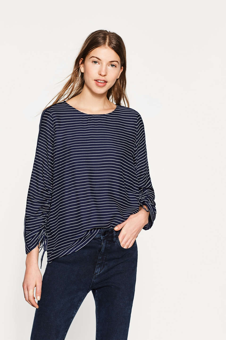 Esprit - Delicate striped blouse with gathers