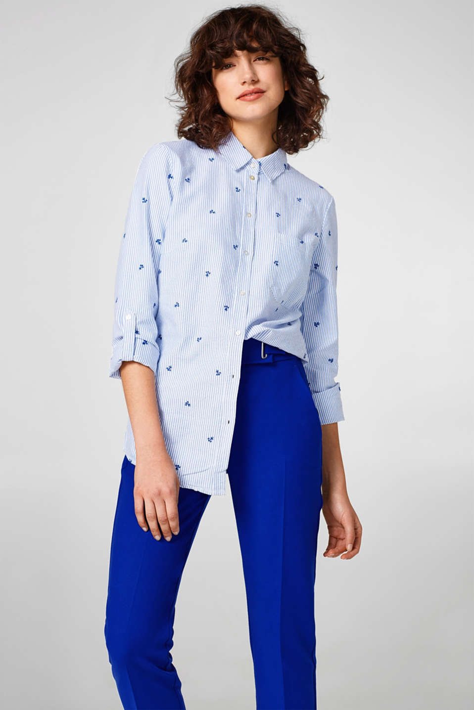 Esprit - Embroidered shirt blouse, 100% cotton