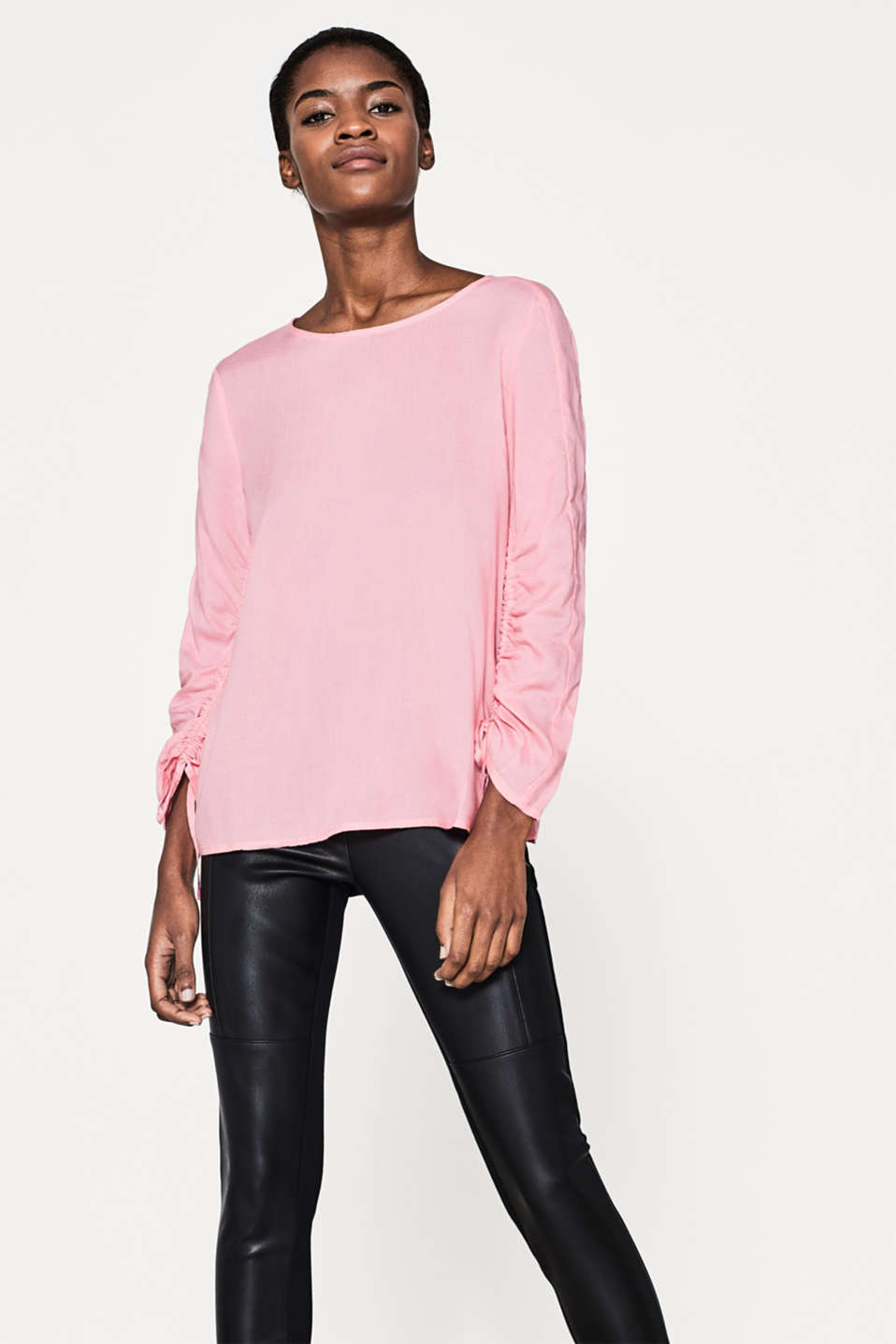 Esprit - Super light blouse with gathered sleeves