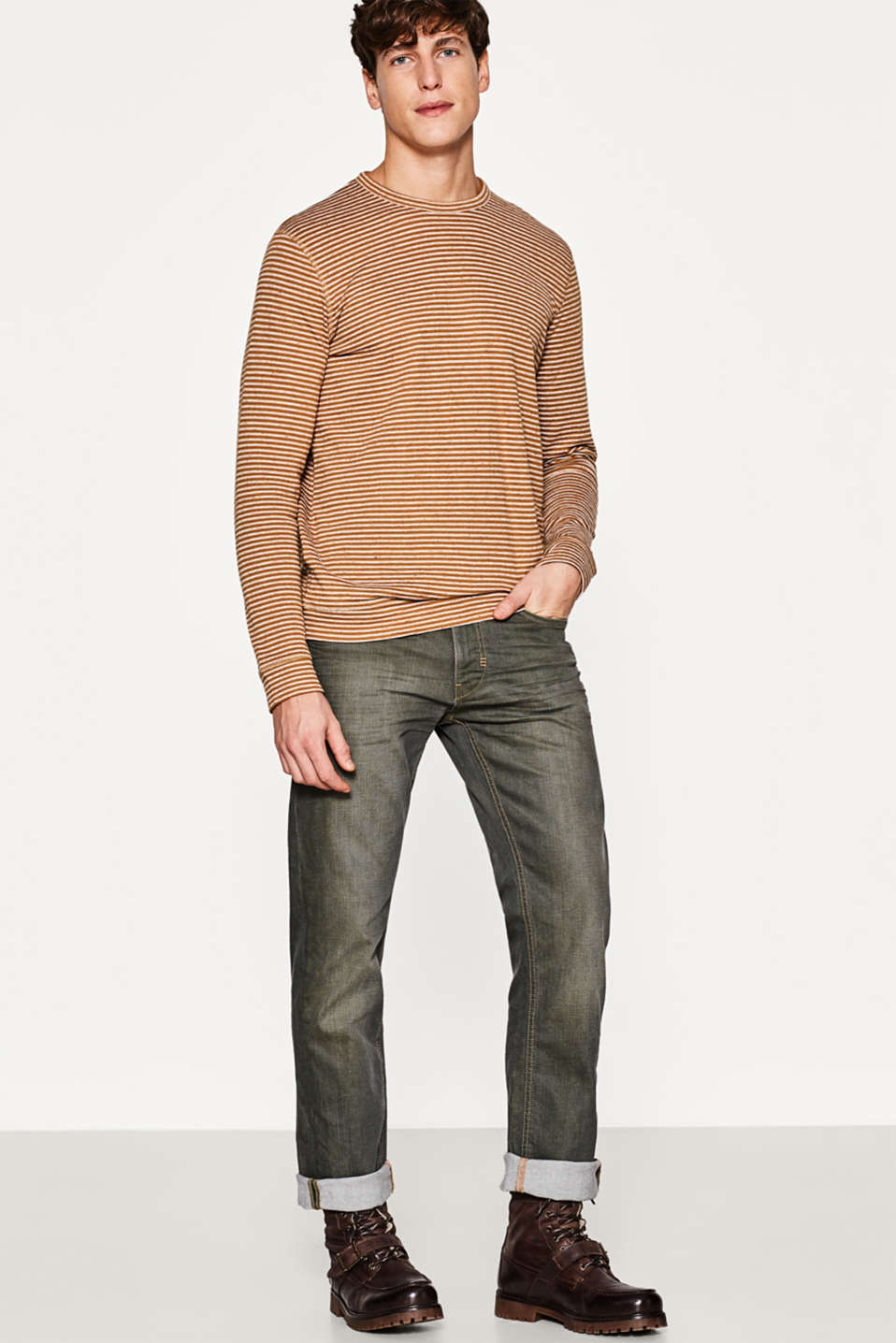 Esprit - Stretch jeans with a distinctive wash