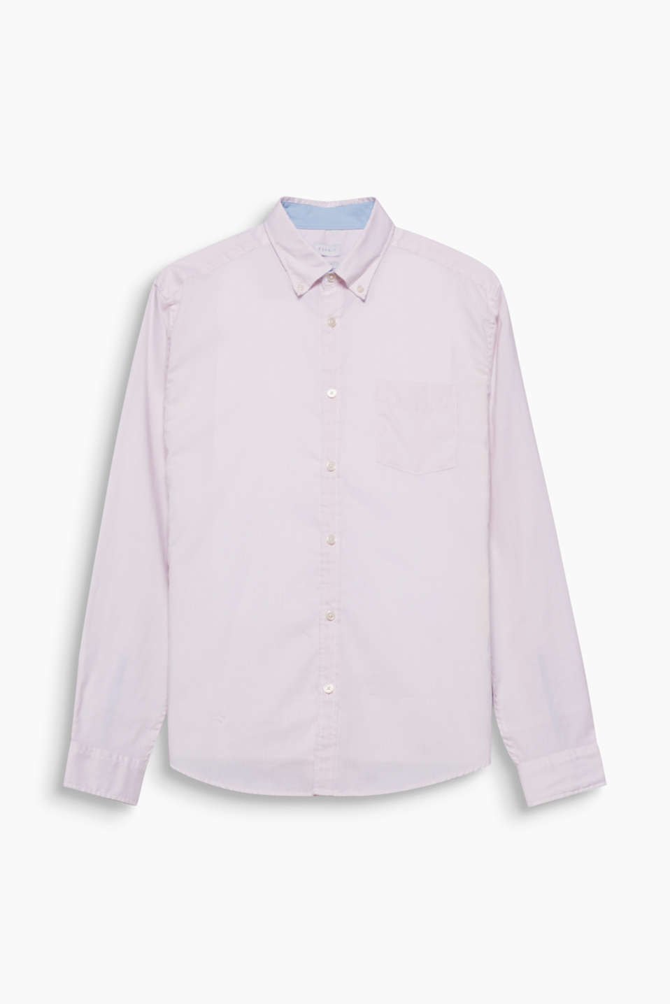 Classic design, casual look! The fine vertical stripes and button-down collar are delicate details on this shirt.