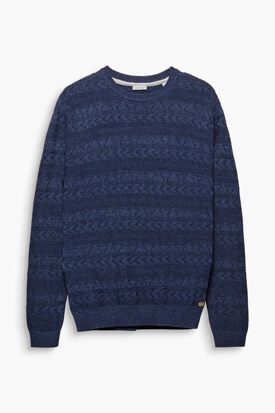 We love knitwear! The premium textured yarn composed of pure cotton makes this jumper something special.