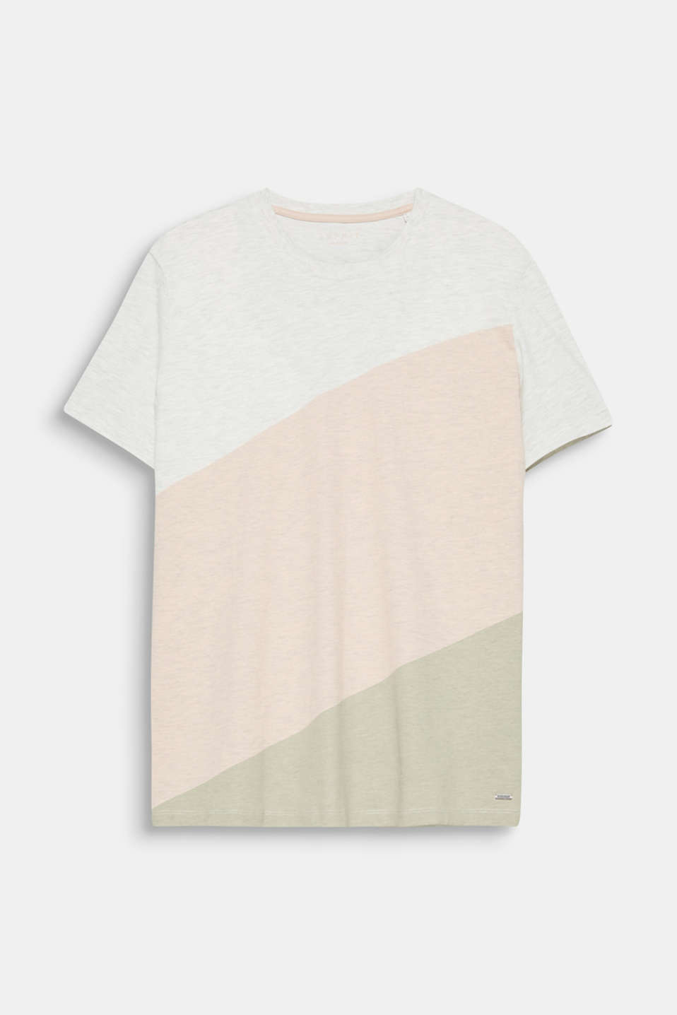 We love colour blocking! The diagonal block stripes make this T-shirt super stylish and eye-catching.