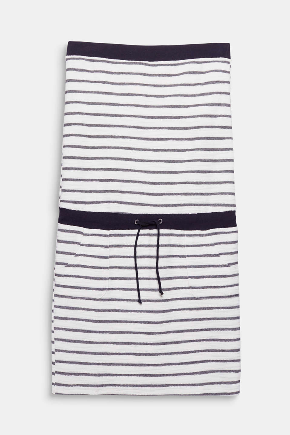 This simple, towelling dress in a bandeau design featuring a drawstring waist is on in a jiffy!