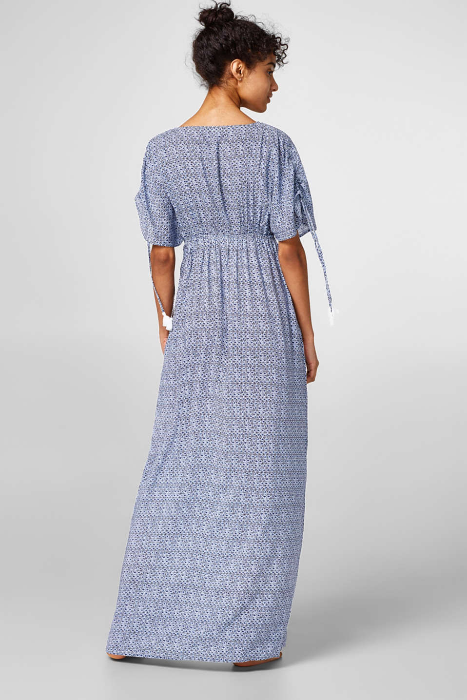 Flowing maxi dress with a mini print