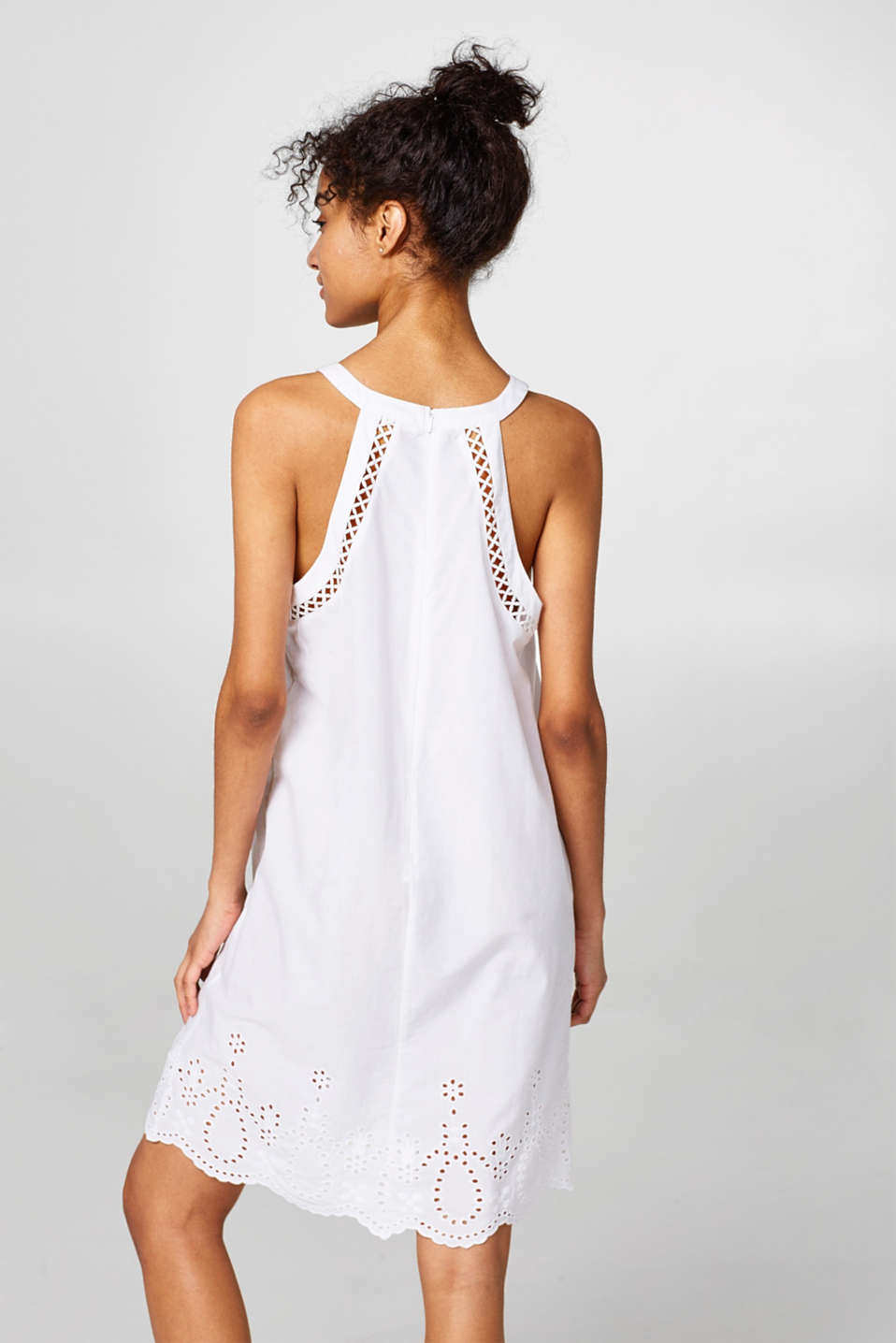 Light and airy dress with broderie anglaise