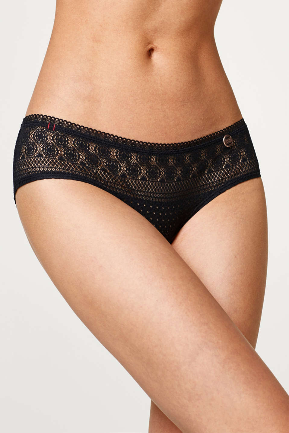 Hipster shorts, openwork pattern and lace