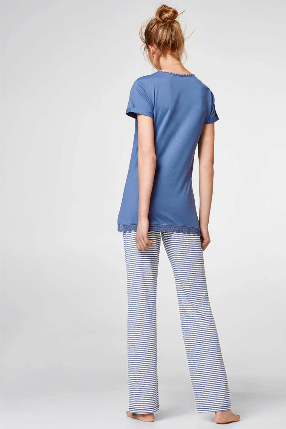 Jersey pyjamas with lace and stripes