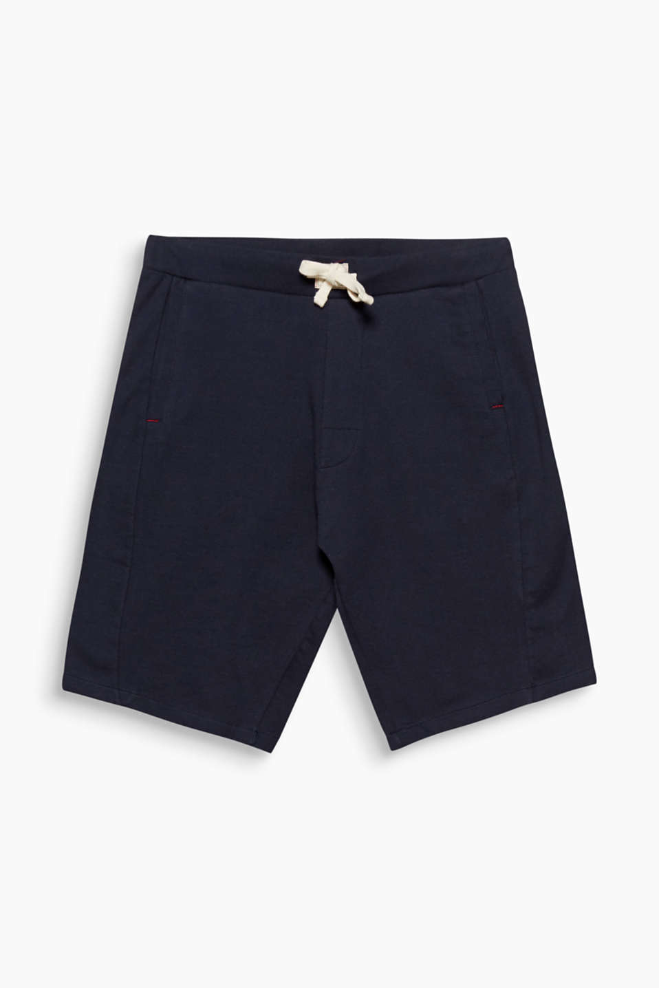 Super comfortable Bermudas for relaxed hours: these cotton Bermudas are exactly the right thing for casual outfits.