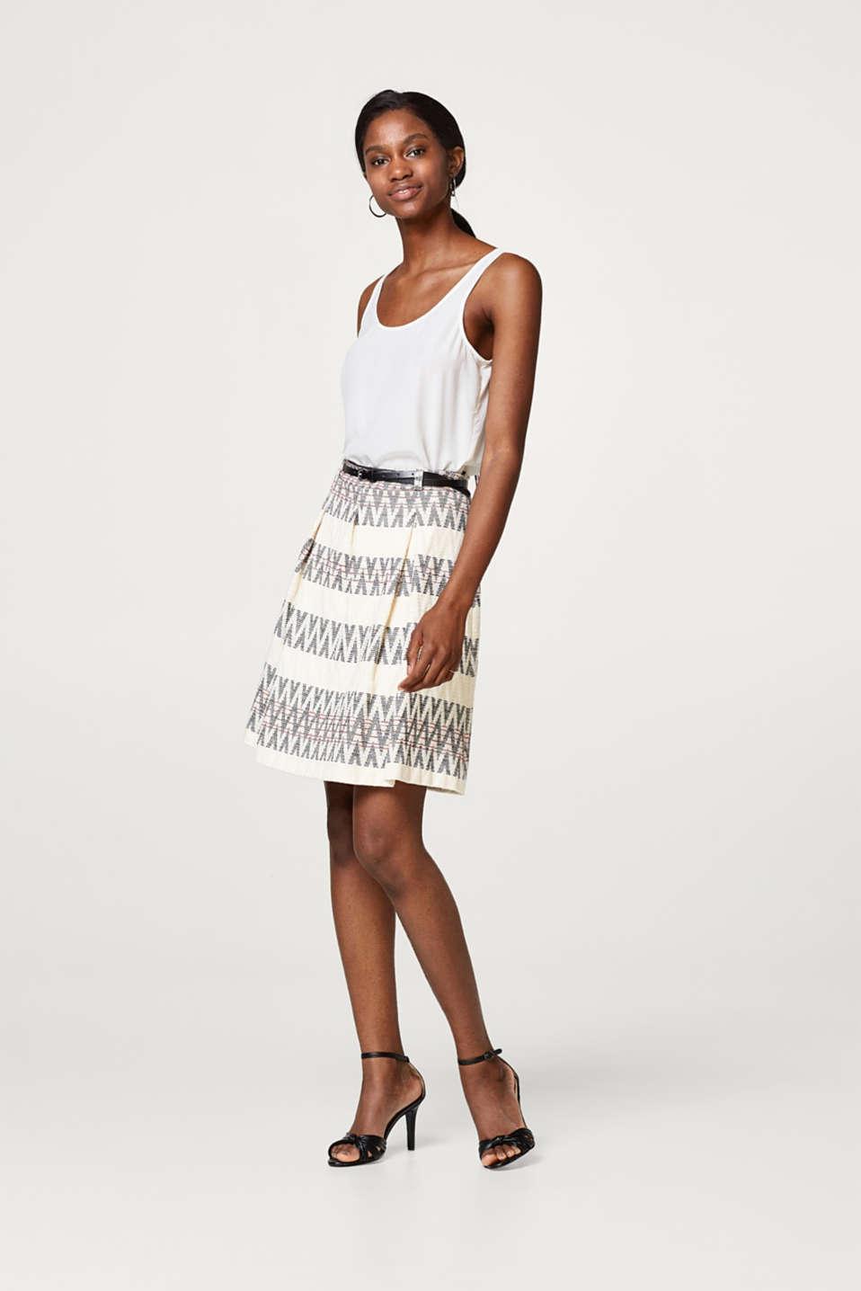 Esprit - Jacquard skirt with a zigzag pattern