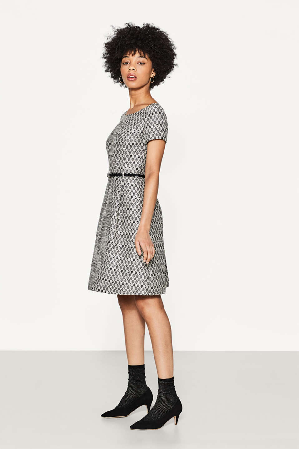 Esprit - Jacquard dress with a belt in faux leather