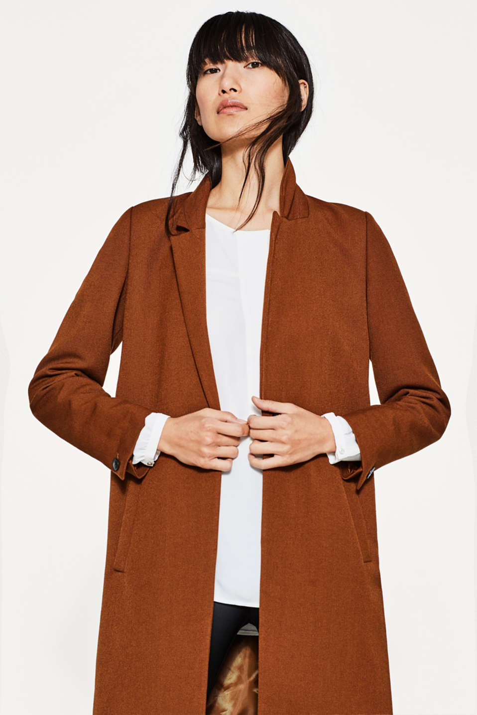Flowing blouse with a wide front trim