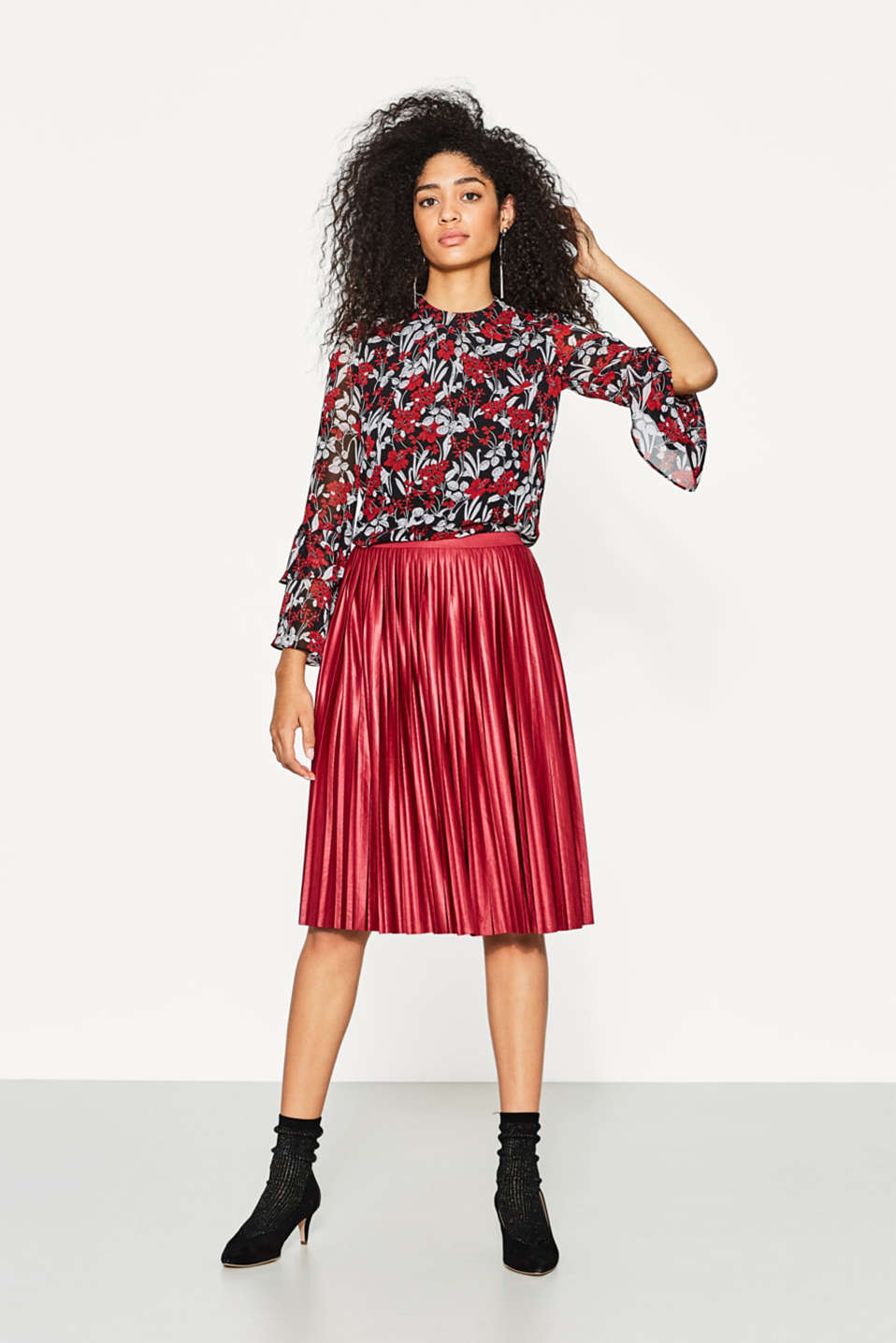 Flowing blouse with a floral print