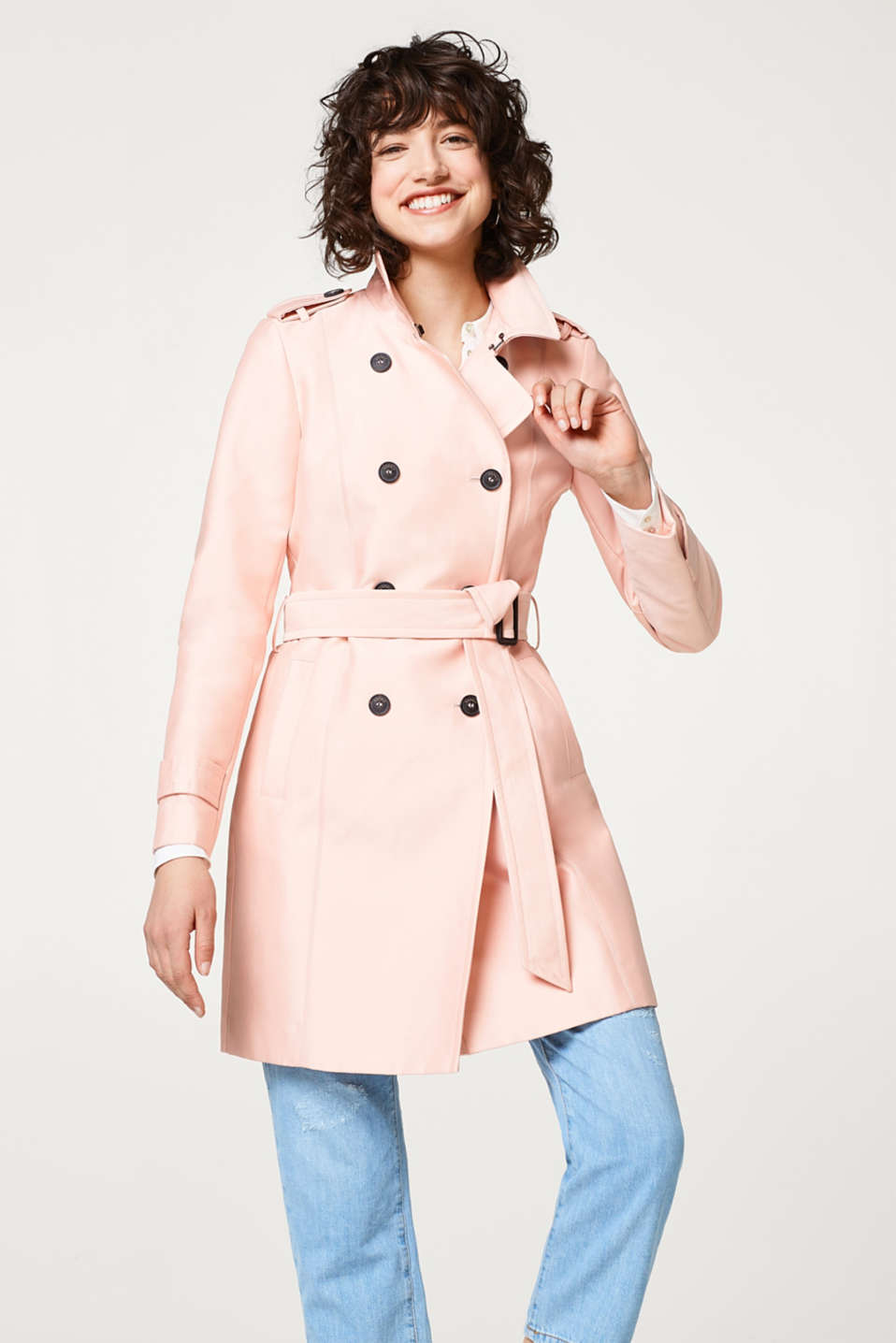Esprit - Double-breasted trenchcoat in cotton blend