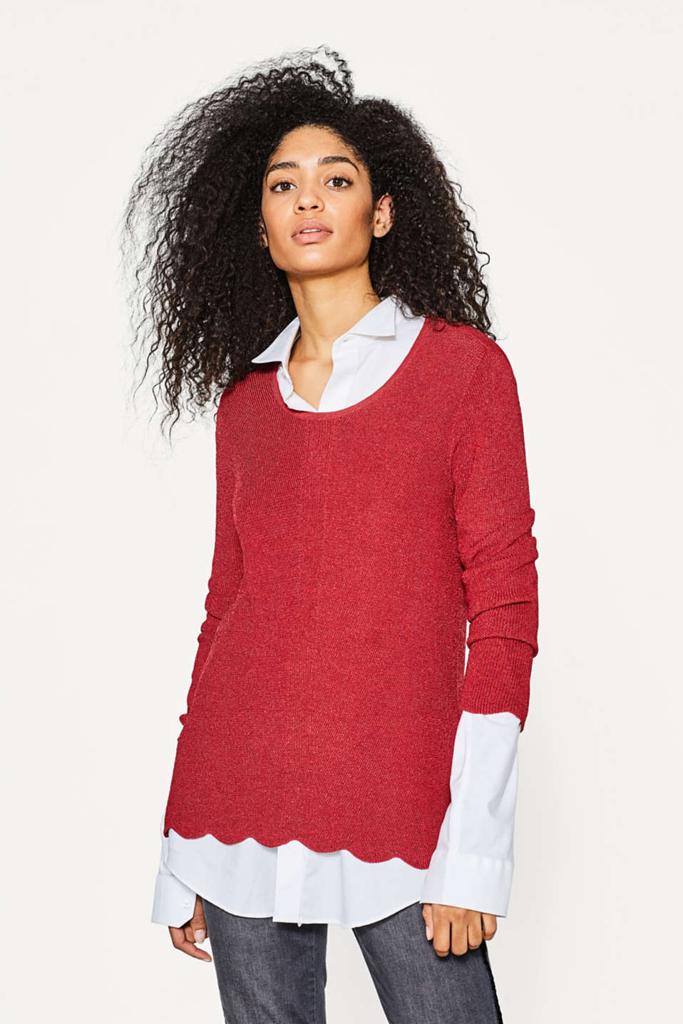 Esprit - Textured jumper with a scalloped edge