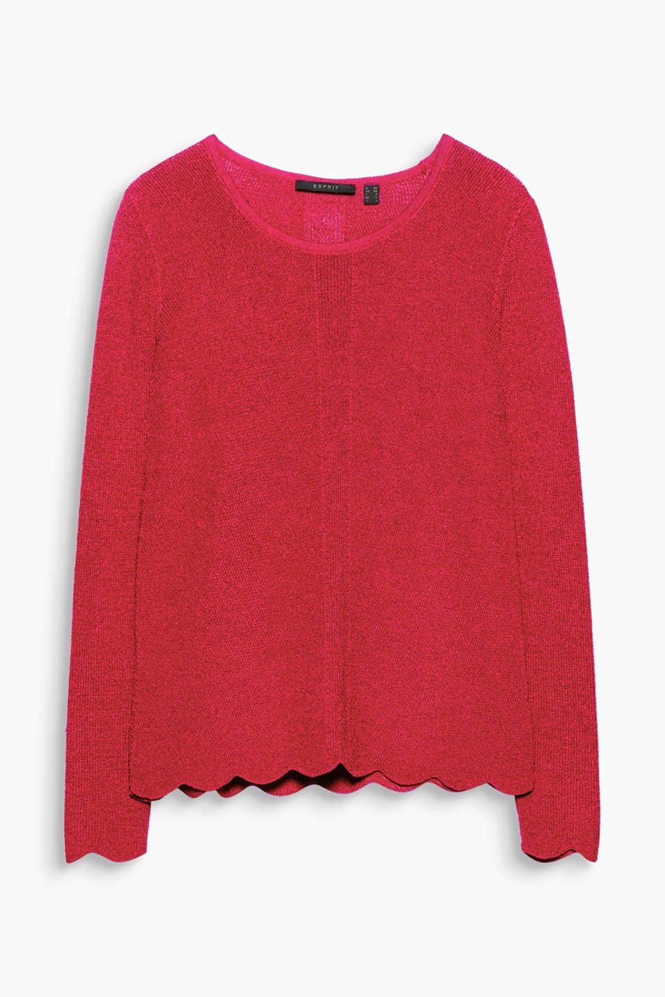 Details like a scalloped hem, the textured yarn and the slight A-line make this jumper a must have!