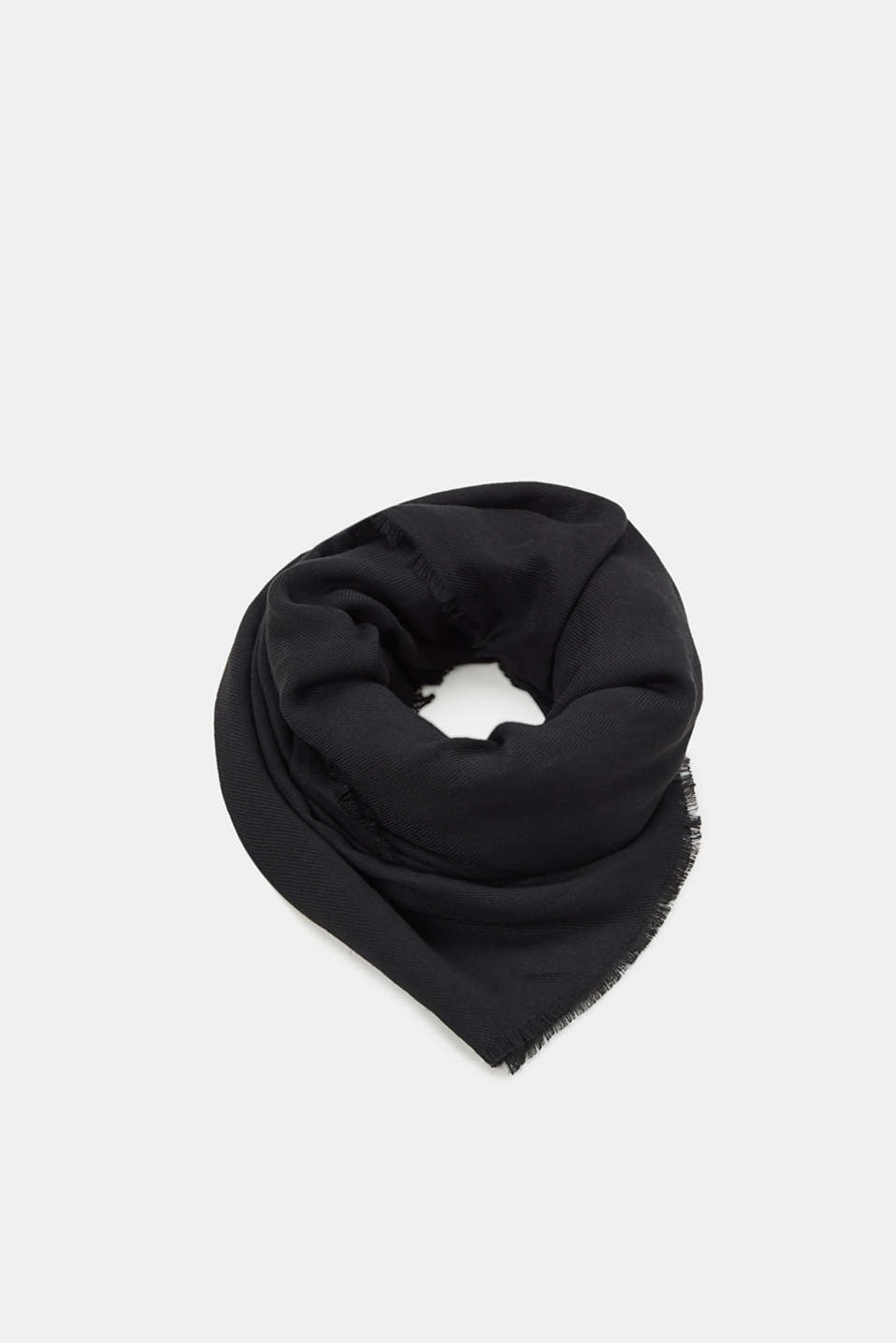 edc - Woven scarf with a soft texture