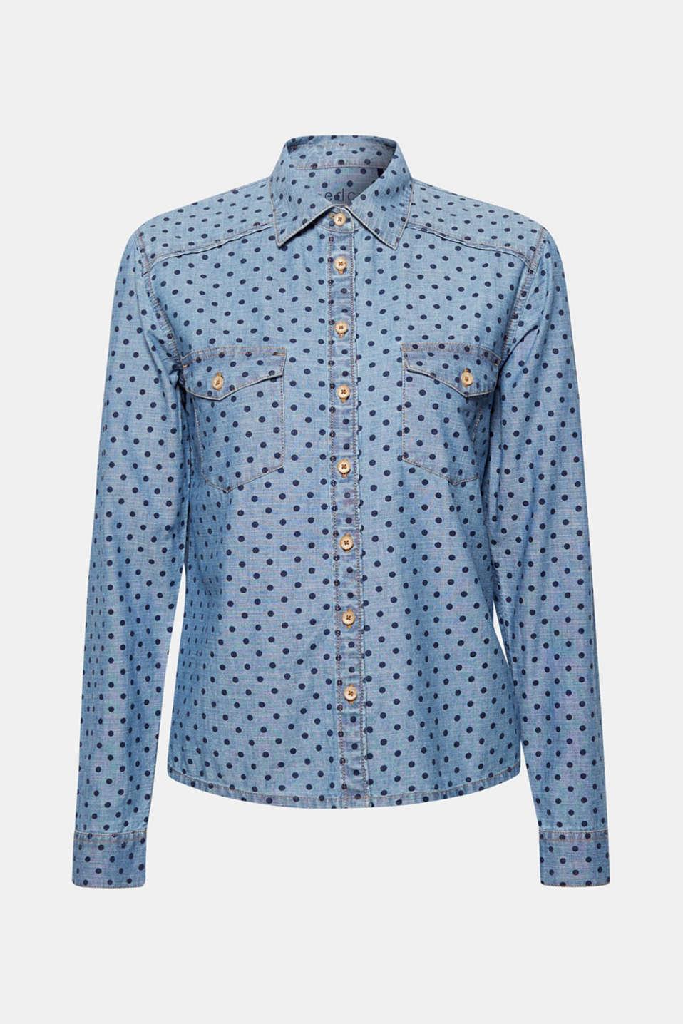 Lässiger Denim trifft auf feine Tupfen - und macht diese vielseitig kombinierbare Jeans-Bluse aus reiner Baumwolle zum modischen Must-Have!